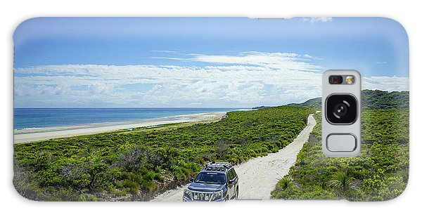 4wd Car Exploring Remote Track On Sand Island Galaxy Case