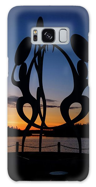 United In Celebration Sculpture At Sunset 1 Galaxy Case