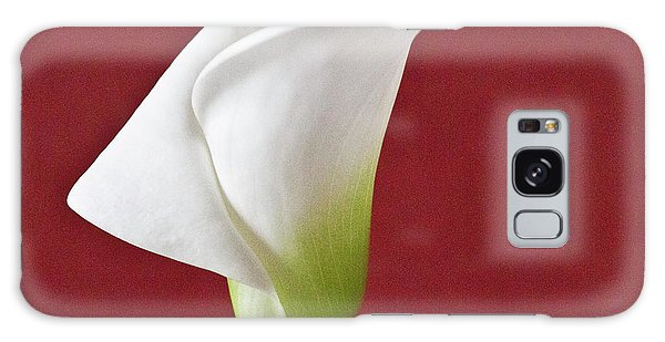 Galaxy Case featuring the photograph White Calla by Heiko Koehrer-Wagner