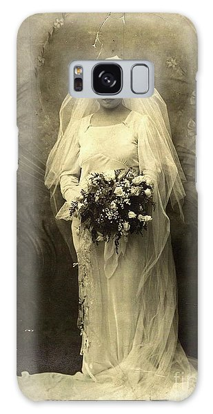 A Beautiful Vintage Photo Of Coloured Colored Lady In Her Wedding Dress Galaxy Case