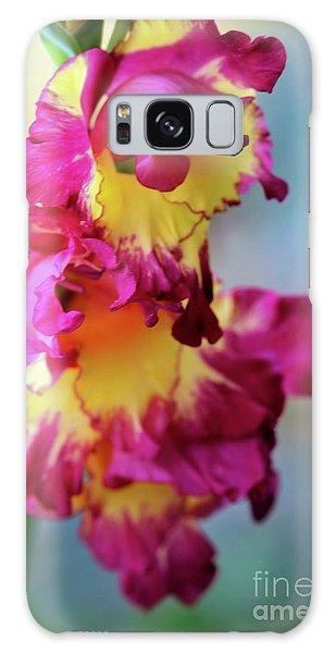 A Gladiolus 3 Galaxy Case