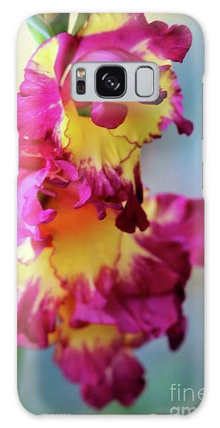 A Gladiolus 3 Galaxy Case