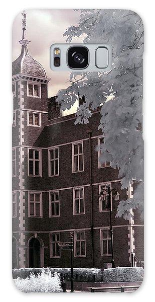 A Glimpse Of Charlton House, London Galaxy Case
