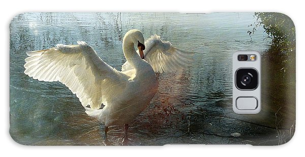 A Very Fine Swan Indeed Galaxy Case by LemonArt Photography