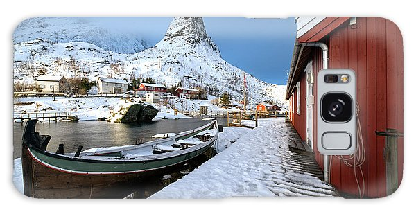 Galaxy Case featuring the photograph A Village Lofoten by Dubi Roman