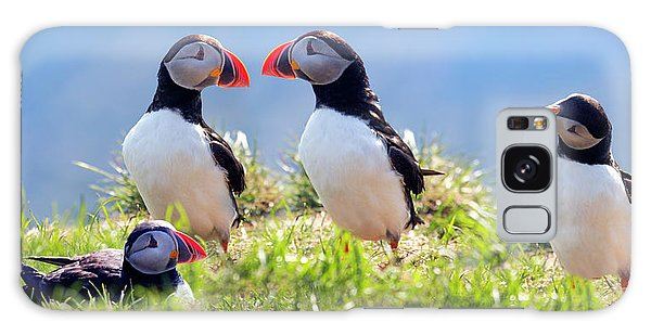 A World Of Puffins Galaxy S8 Case
