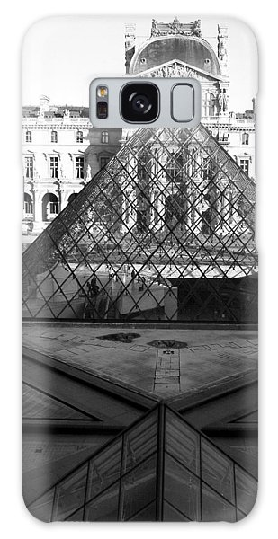 Aligned Pyramids At The Louvre Galaxy Case