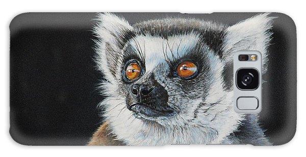 Amber Eyes......lemur Galaxy Case
