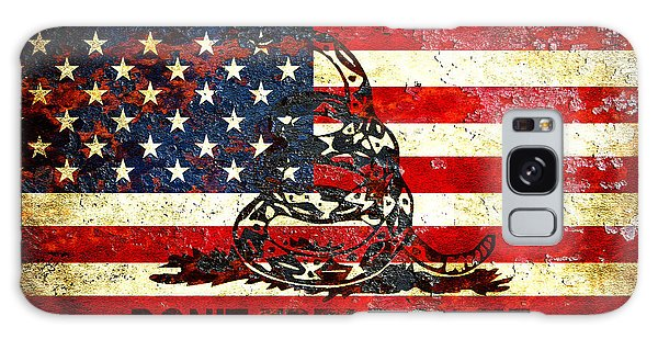 American Flag And Viper On Rusted Metal Door - Don't Tread On Me Galaxy Case
