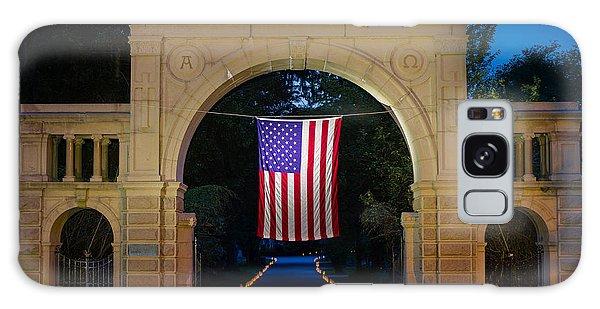 American Flag At Cemetery Gates - Mystic Ct Galaxy Case