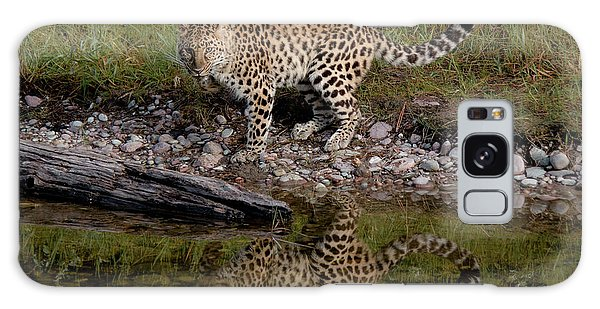 Amur Leopard Reflection Galaxy Case
