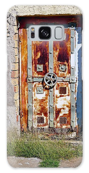 An Old Rusty Door In Katakolon Greece Galaxy Case