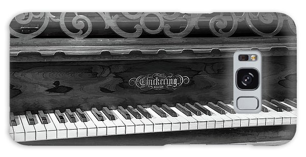 Antique Piano Black And White Galaxy Case