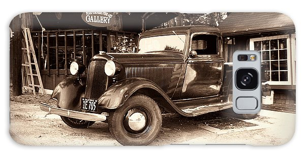 Antique Road Warrior - 1935 Dodge Galaxy Case by Glenn McCarthy Art and Photography