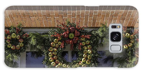Royal Colony Galaxy Case - Apple Wreaths At The George Wythe House by Teresa Mucha