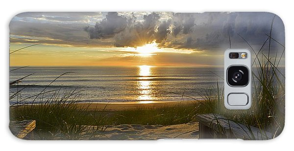 April Sunrise In Nags Head Galaxy Case