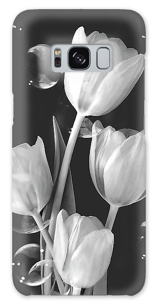 Artistic Tulip Bouquet 2  Galaxy Case