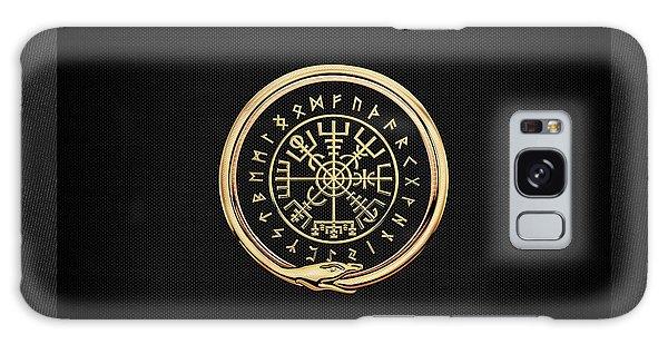 Vegvisir - A Magic Icelandic Viking Runic Compass - Gold On Black Galaxy Case