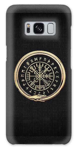Vegvisir - A Magic Icelandic Viking Runic Compass - Gold On Black Galaxy Case