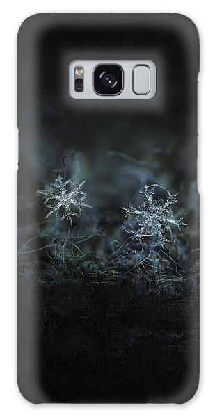 Snowflake Photo - When Winters Meets - 2 Galaxy Case