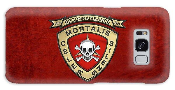 U S M C  3rd Reconnaissance Battalion -  3rd Recon Bn Insignia Over Red Velvet Galaxy Case