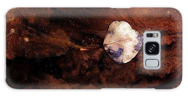 Aspen Leaf In Mud Wash Galaxy Case