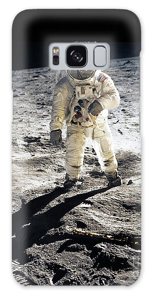 Astronauts Galaxy S8 Case - Astronaut by Photo Researchers