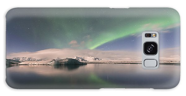 Galaxy Case featuring the photograph Aurora Borealis And Reflection by Wanda Krack