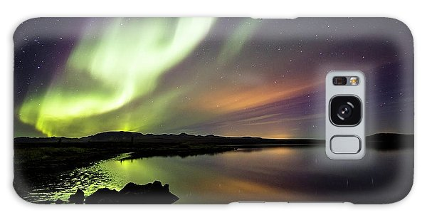 Aurora Borealis Over Thinvellir Galaxy Case by Gunnar Orn Arnason