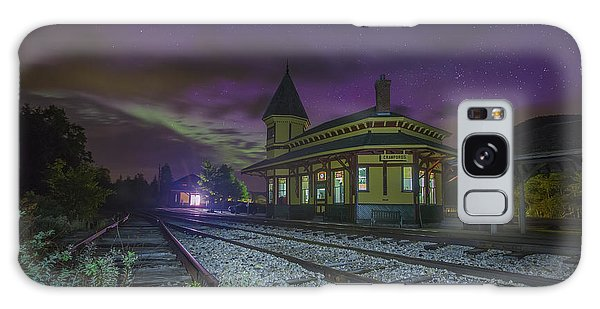 Aurora Over The Crawford Notch Depot Galaxy Case