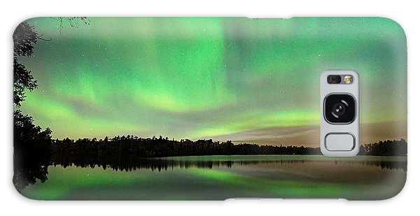 Aurora Over Tofte Lake Galaxy Case by Larry Ricker