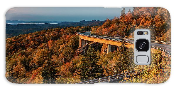Morning Sun Light - Autumn Linn Cove Viaduct Fall Foliage Galaxy Case