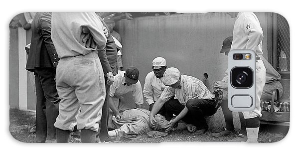 Babe Ruth Knocked Out By A Wild Pitch Galaxy S8 Case