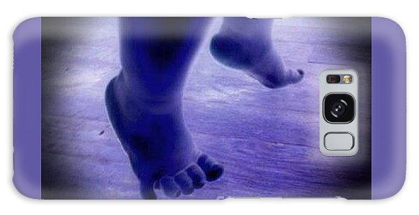 Baby Blu Dancing Royal Feet Galaxy Case