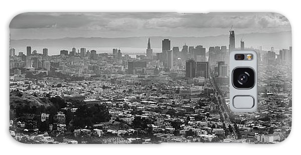 Back And White View Of Downtown San Francisco In A Foggy Day Galaxy Case