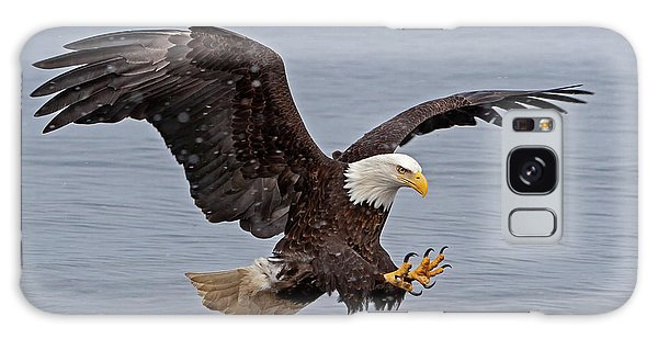 Bald Eagle Diving For Fish In Falling Snow Galaxy Case