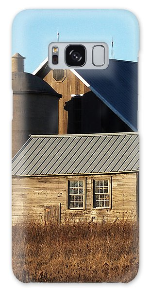 Barn At 57 And Q Galaxy Case