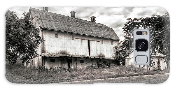 Shed Galaxy Case - Barn In Black And White by Tom Mc Nemar