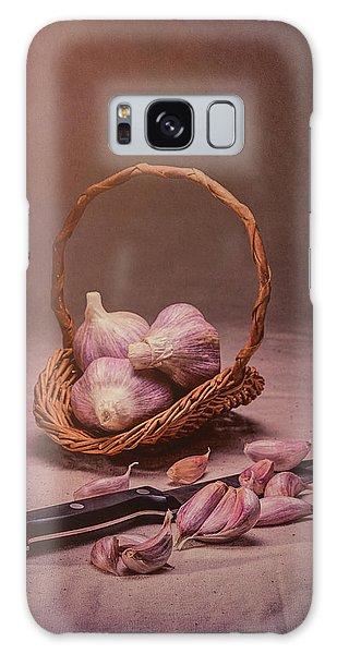 Herbs Galaxy Case - Basket Of Garlic Still Life by Tom Mc Nemar