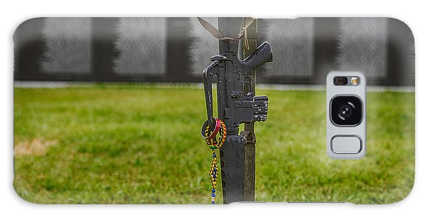 Battle Field Cross At The Traveling Wall Galaxy Case