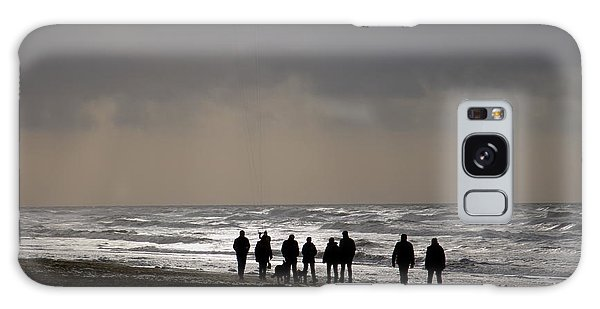 Beach Day Silhouette Galaxy Case