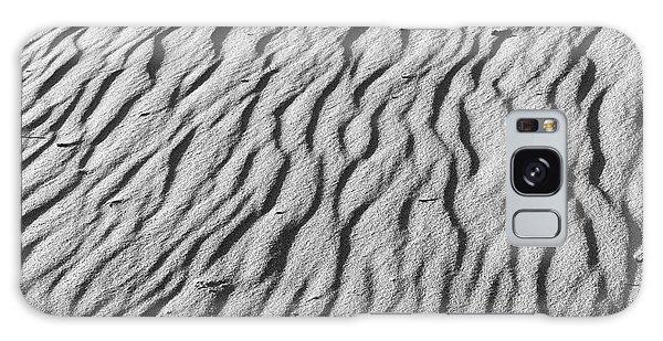 Beach Sand Mantle In Monochrome Galaxy Case