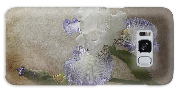 Bearded Iris 'gnuz Spread' Galaxy Case