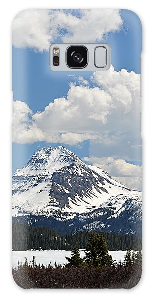 Beautiful Bow Lake Galaxy Case