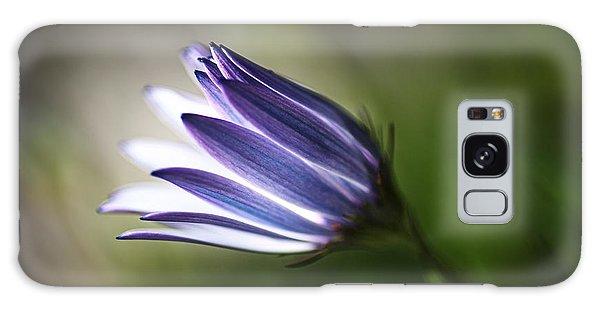 Beautiful Inner Glow Of The Daisy Galaxy Case