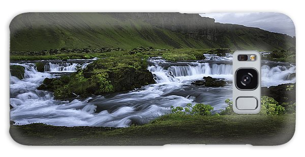Beauty Is Everywhere In Iceland Galaxy Case