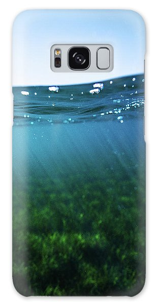 Beauty Under The Water Galaxy Case