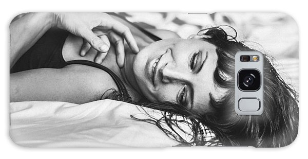 Bed Portraits Galaxy Case