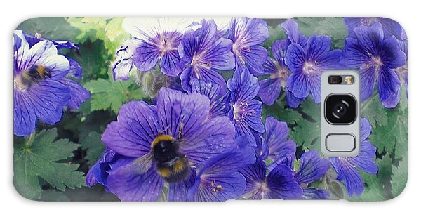 Bees And Flowers Galaxy Case