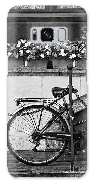 Bicycle With Flowers Galaxy Case